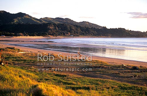 Dusk at Oruaiti Beach, Te Rangiharu Bay, East Cape, Opotiki District, Bay of Plenty Region, New Zealand (NZ) stock photo.