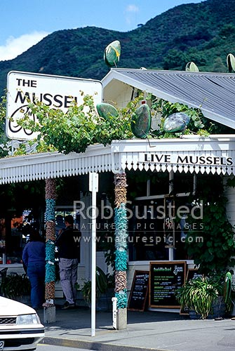 The Mussel Boys Restaurant in the Green Lip mussel 'capital' of the world, Havelock, Marlborough Sounds, Havelock, Marlborough District, Marlborough Region, New Zealand (NZ) stock photo.