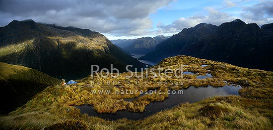 Typical Fiordland scenery for trip ©Rob Suisted