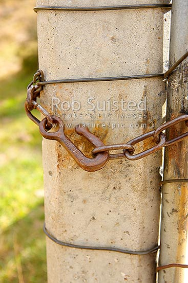 Antique Farm Chain : Old farm gate chain hook or fastener hayes