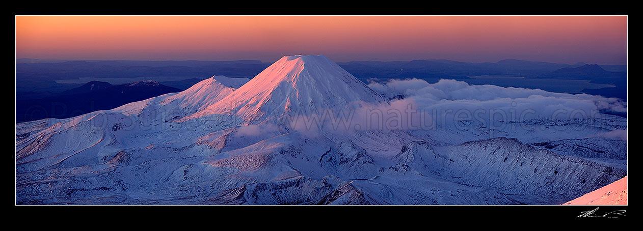 Mount Ngauruhoe panorama