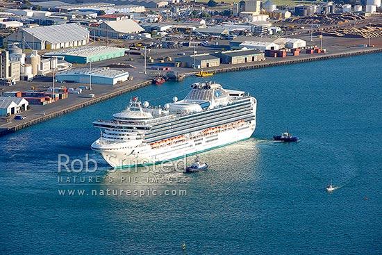 Cruise Ship The Diamond Princess From Princess Cruises