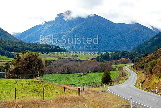 Victoria Valley New Zealand  city images : Lower Maruia Valley near Maruia township. Victoria Forest Park and ...
