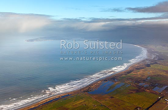 Oreti Beach, looking along the coast to Riverton / Aparima, Howell's Point and Jacobs River Estuary. Foveaux Strait, Invercargill, Southland District, Southland Region, New Zealand (NZ) stock photo.
