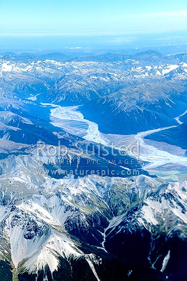 Waimakariri River valley in Arthurs Pass National Park, from above Black Spur. Bealey Spur, Turkey Flat & Klondyke Corner centre, Craigieburn, Selwyn District, Canterbury Region, New Zealand (NZ) stock photo.