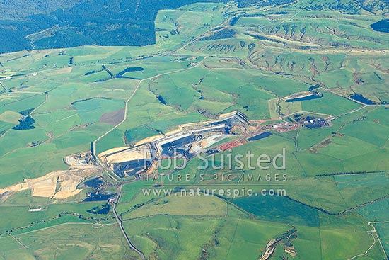 Goodwin Coal Mine, opencast coal mine near Waimumu, Gore and Mataura. Aerial view, Gore, Gore District, Southland Region, New Zealand (NZ) stock photo.