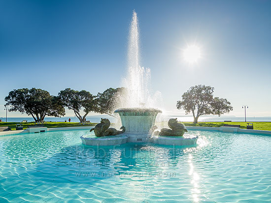 Mission bay fountain art deco design fountain given to - Mission bay swimming pool auckland ...