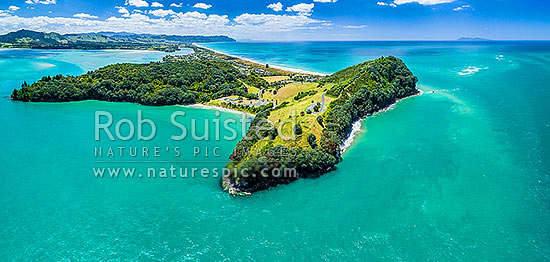 Bowentown Heads, Papatu Point Pa (bottom right), Anzac Bay and Bowentown domain at Katikati entrance of Tauranga Harbour. Waihi Beach top centre. Aerial panorama, Bowentown, Waihi Beach, Western Bay of Plenty District, Bay of Plenty Region, New Zealand (NZ) stock photo.