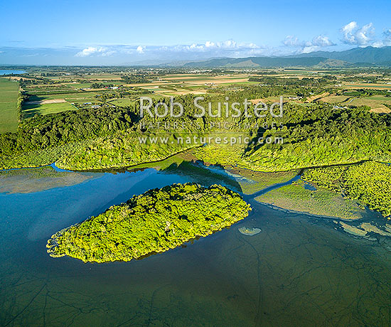 Lake Papaitonga with Motukiwi Island below. Horowhenua Plains and Tararua Ranges behind. Aerial view. Papaitonga Scenic Reserve, Levin, Horowhenua District, Manawatu-Wanganui Region, New Zealand (NZ) stock photo.