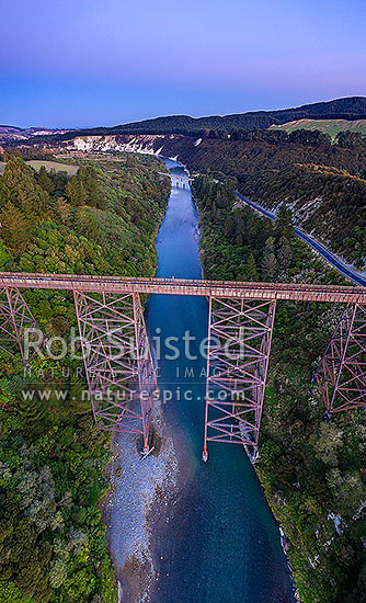 Mohaka Viaduct, railway viaduct spanning the Mohaka River in northern Hawke's Bay, 277 metres long, and at 95m, the tallest viaduct in Australasia. Aerial view, Raupunga, Wairoa District, Hawke's Bay Region, New Zealand (NZ) stock photo.